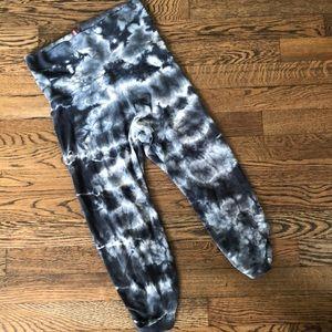 GUD Hard tail tie-dye cotton/Lycra Capri